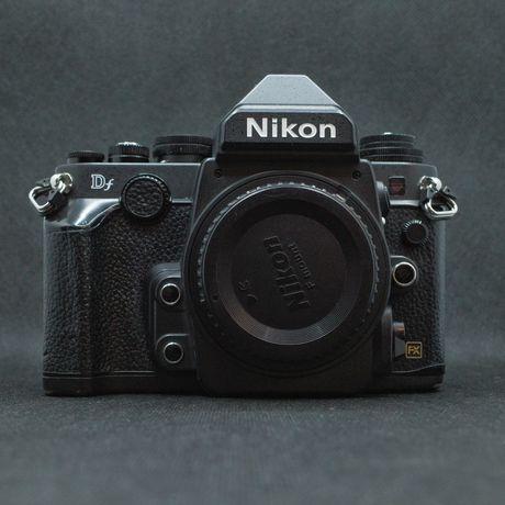 Nikon DF black body