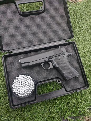 Страйкбольний пистолет, уменшеная версия Кольт