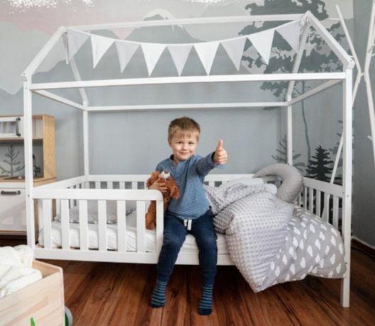Акция до 31.01 Детская кровать домик из дерева. Кроватка