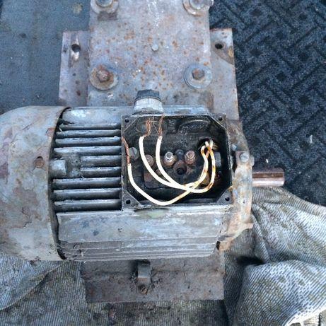 электро двигатель