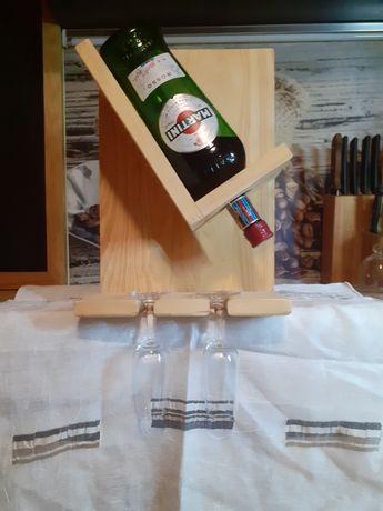 Stojak na wino drewniany