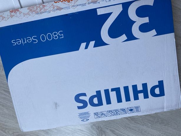Telewizor Philips 32PFS5823/12 prawie nowy