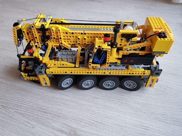 LEGO 8421 dźwig z 2005r komplet pudło + instrukcja i zapasowe części