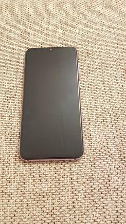 Xiaomi Mi 9SE uszkodzodzony, nie włącza sie