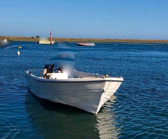 Barco Recreio Argus 550P