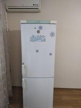 Холодильник Elektrolux, 175*60*60см , рабочий, 5500грн