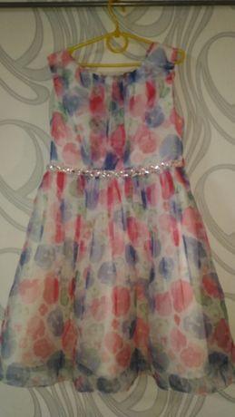 Нарядное красивое платье без рукава на девочку 9, 10, 11 лет