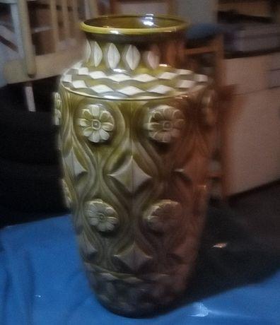 stary kolekcjonerski wazon - ozdobny, dekoracja