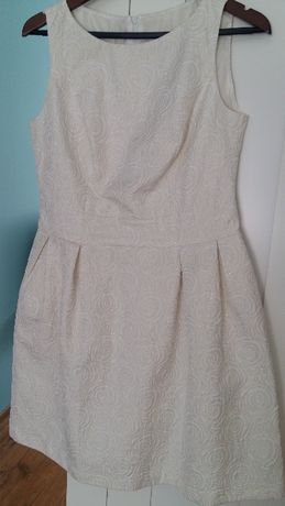 Piękna sukienka rozmiar 42 ROU wesele