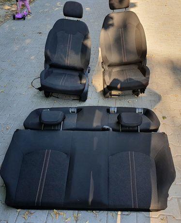 Opel Corsa E fotele opc 3D komplet jak nowe