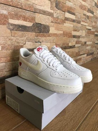 Nike Air Force 1 Valentines Day 2021