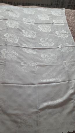 obrus biały 150x100