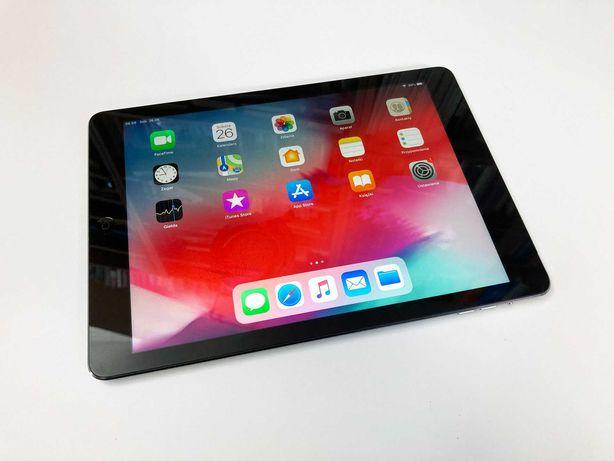 iPad Air z klawiaturą Logitech