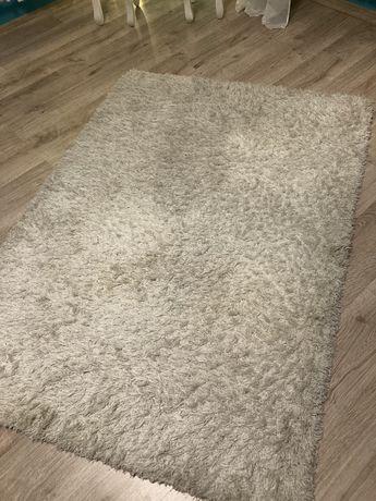 Bialy dywan 120x180 cm