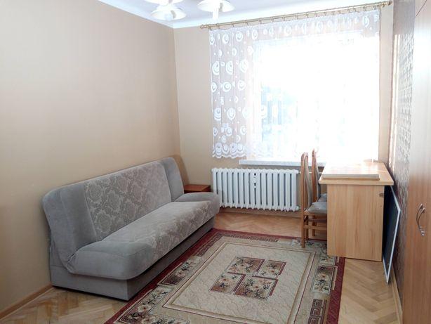 Wynajmę przestronne dwupokojowe mieszkanie w spokojnej okolicy