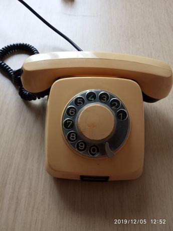 Продам телефоны в количестве 4 штук