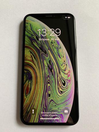 Продам iPhone XS 64 gb + чехол