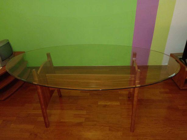 Mesa de vidro com 3+1 cadeiras