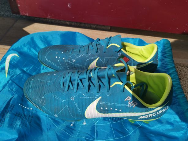 Chuteiras oficiais Nike mercurial 40