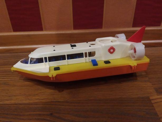 Советская игрушка катер