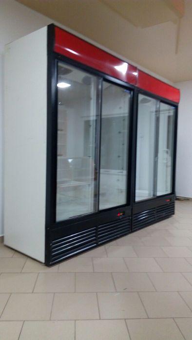 Вітрина холодильна шафа Шкаф холодильный
