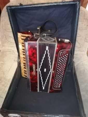 Akordeon Rauner 80 basów