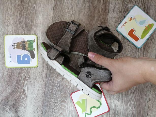 Продам детские, брендовые босоножки Timberland по стельке 20,5 см.
