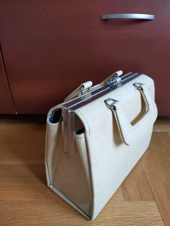 Винтажная стильная  сумочка 70-х годов