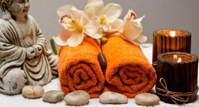 Massagem relaxante para homens e mulheres