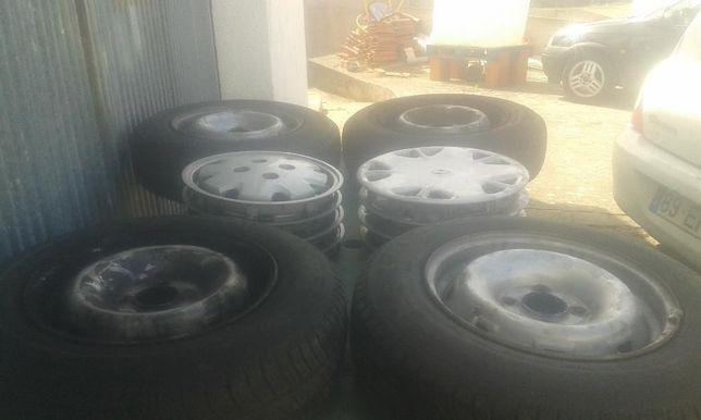 4 jantes de ferro usadas com pneus