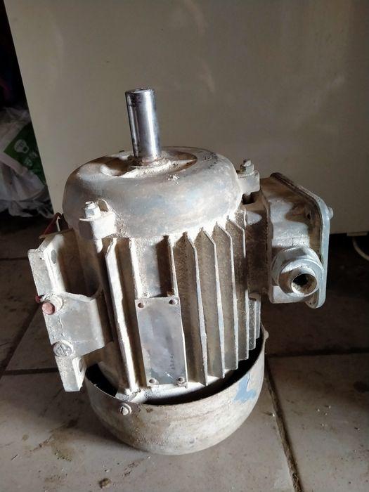1,1 кВт 3000 об электродвигатель електродвигун для холодильника Николаев - изображение 1