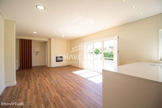 Apartamento T3 renovado, open space, c/box - OD2/00121