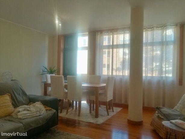Apartamento T2 Gaveto C/ Garagem - Cabedelo - Viana do Castelo