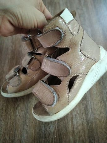 Ортопедическая обувь кожаная  детская