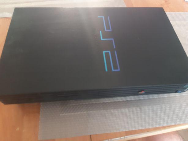 Playstation 2+2pady+memory card 8mb+ 4 gry
