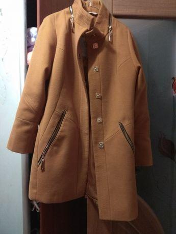 Продам пальто Харьков
