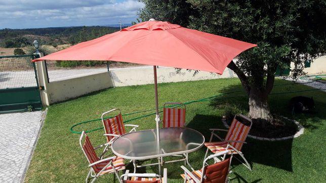 Mesa vidro, cadeiras e chapéu Jardim (oportunidade)