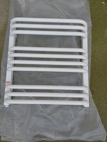 Grzejnik lazienkowy drabinkowy 50x54x10cm