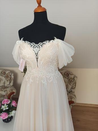 Suknia ślubna romantyczna Julia 38