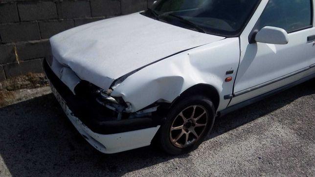 Renault r19    1.9 Diesel  Acidentado