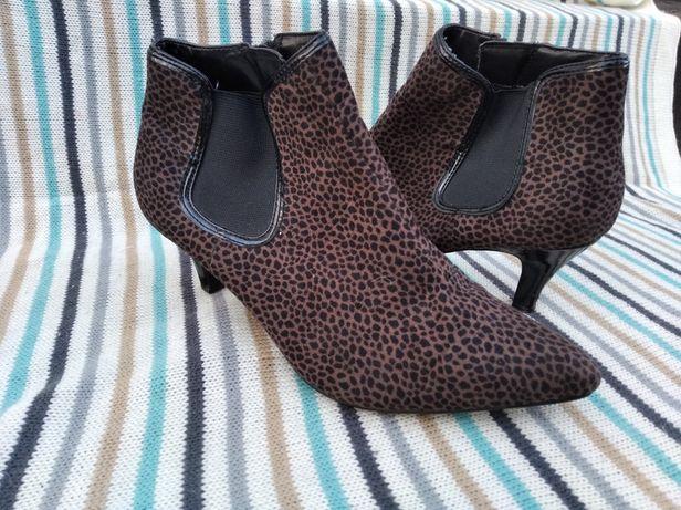 Сапожки ботинки Р.38