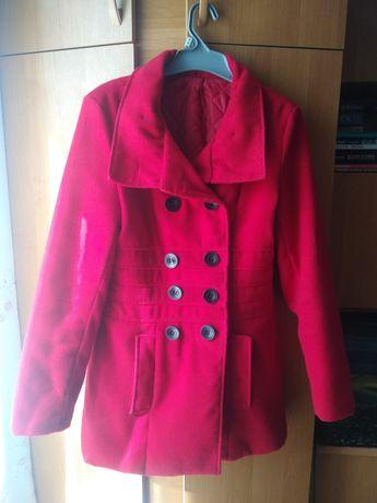 Czerwony płaszcz rozmiar S