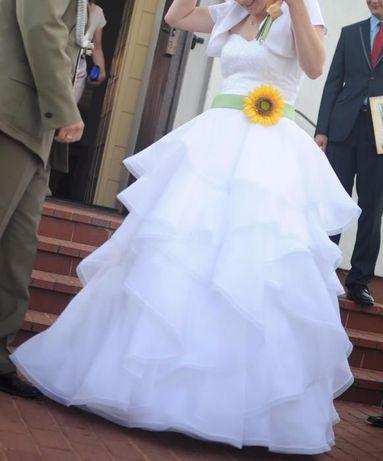 suknia ślubna rozmiar 38/40 + dodatki