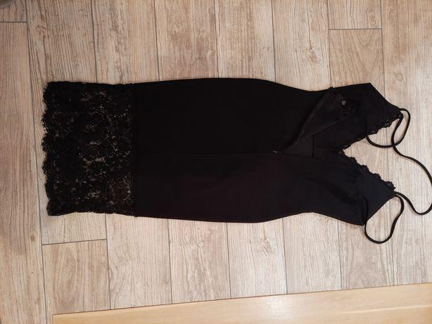 Sukienka na ramiączkach koronka s/m