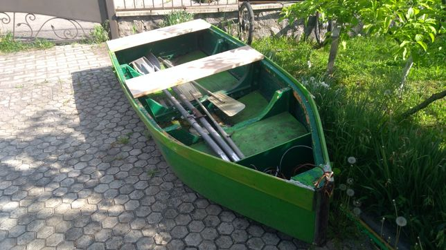 Лодка для відпочинку