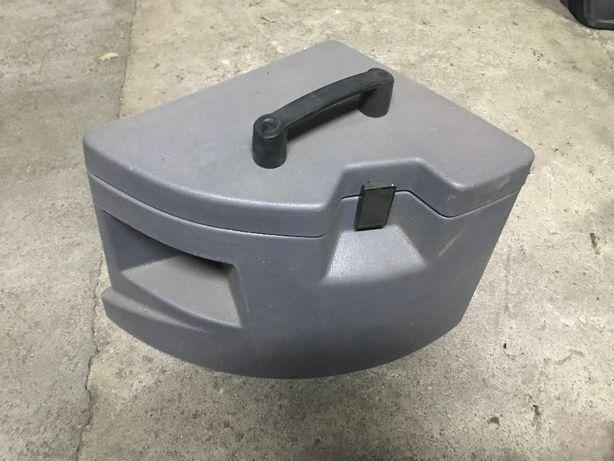 skrzynka narzędziowa boczna kabinowa Case New Holland CNH