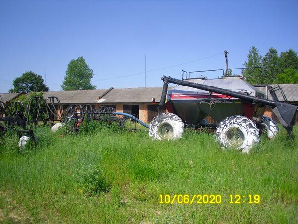Сеялка Fargo 45 FA 2800. Год 2007