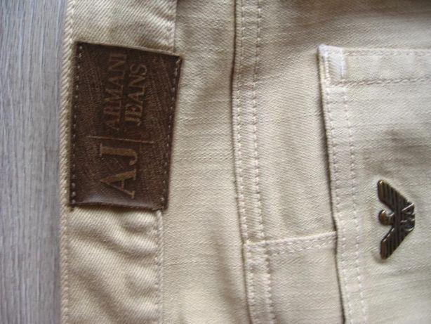 NOWE spodnie Armani Jeans, z Wielkiej Brytanii; rozm. 27 (pol. M - 38)