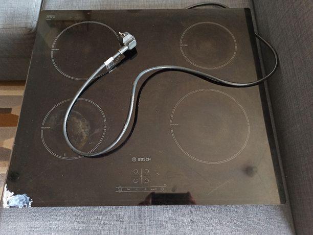 Płyta indukcyjna Bosch PIA611B68E - uszkodzone szkło.