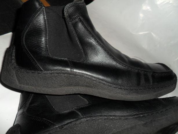 Очень качественные кожаные ботинки.Размер 44